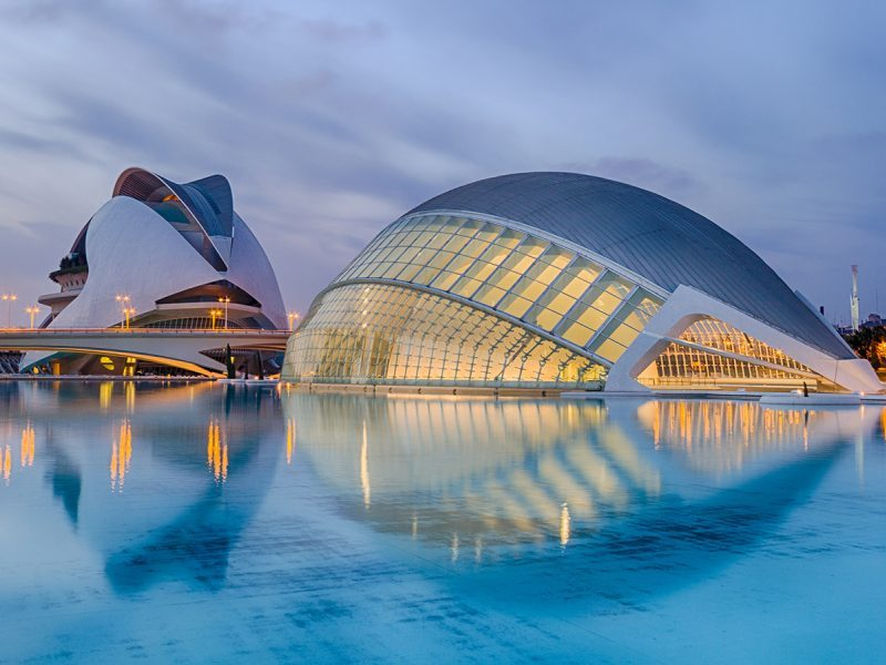 Valencia's number one international speaking city tour company